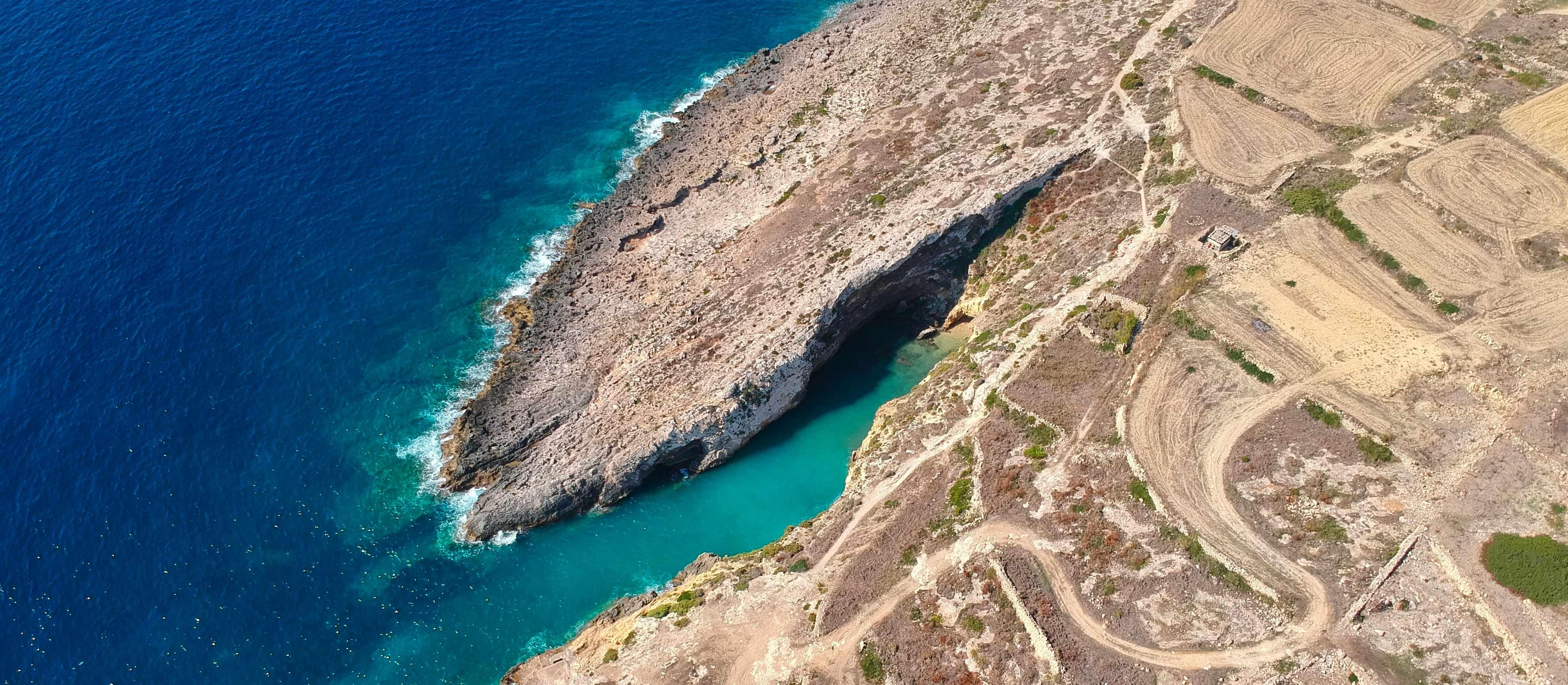 Watch: Lara Takes Us To Hondoq Ir-Rummien's Sister Beach 🏖